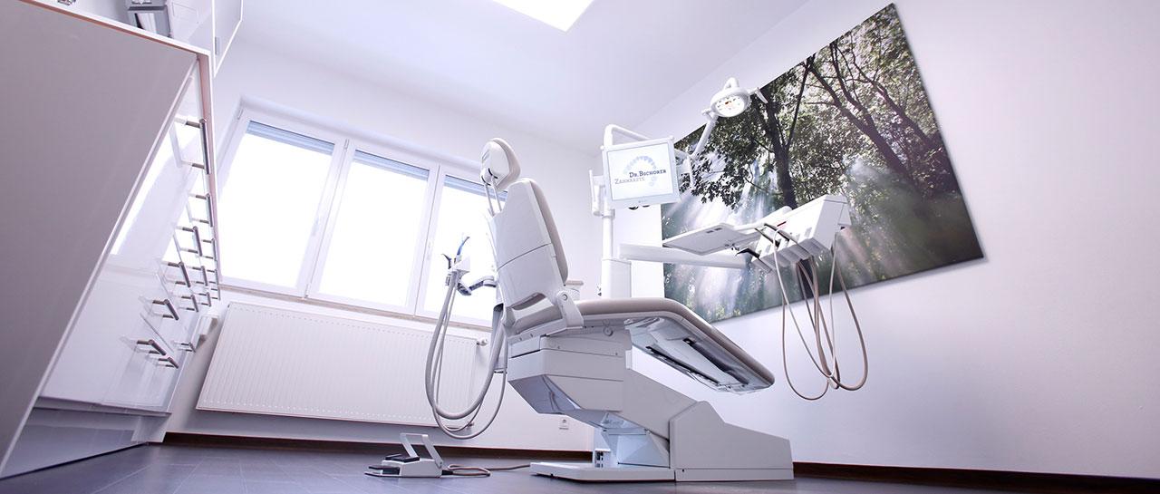 Behandlungsraum Dr. Bschorer Dinkelsbühl Zahnarzt